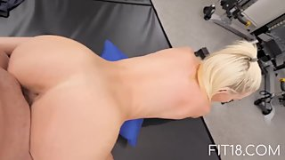 90lbs American Teen Kiara Cole Fucked By Bad Agent