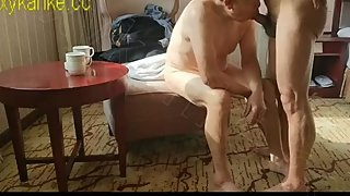 Chinese old man got hot fucking in hotel