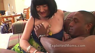 Amateur Granny Gets Mature Pussy Banged in Interracial Big Black Cock Video