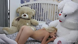 Sexy Ukrainian metart model Nika N for sex scene on camera with teddy bear