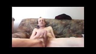 Older Icelandic man jerking until cuming
